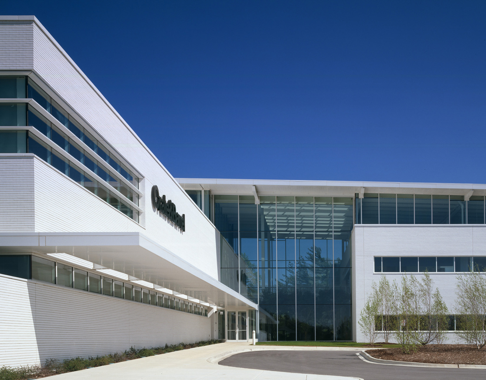 Design excellence awards american institute of architects for Crate and barrel arch